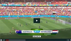 Tim Cahill scoorde in de wedstrijd tegen Nederland een wereld goal.