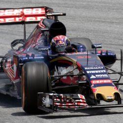 Formule 1: Max Verstappen valt uit met motorproblemen bij GP van Rusland 2016